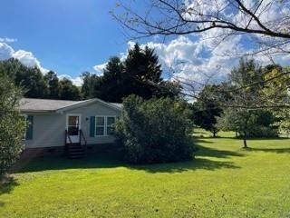 Single Family Home for Sale Granite Falls: 1 acre 1800 sq ft