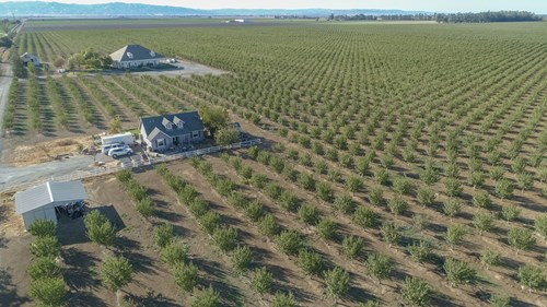 Northern California Country Properties with 2 Homes & Acres