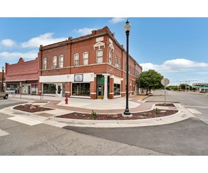 APARTMENTS & RETIAL FOR SALE IN HOBART, OKLAHOMA