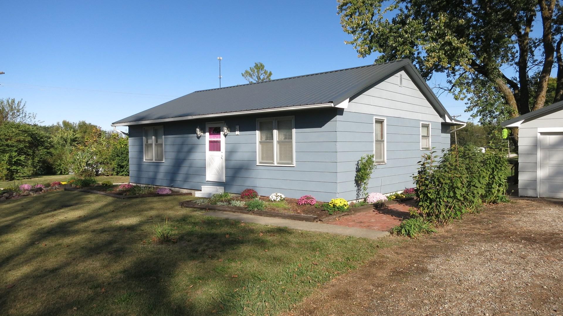 Ranch Home in Ridgeway For Sale