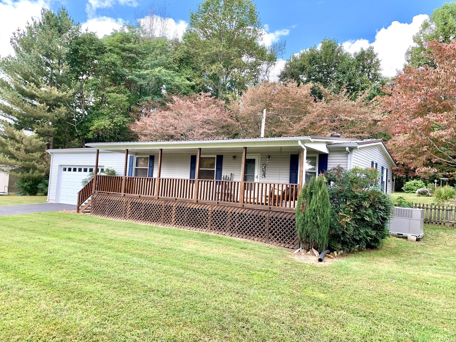 Country home in Livingston TN for sale