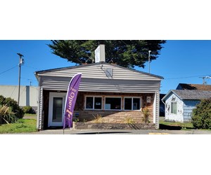Beauty Salon Business & Commercially Zoned Building for sale