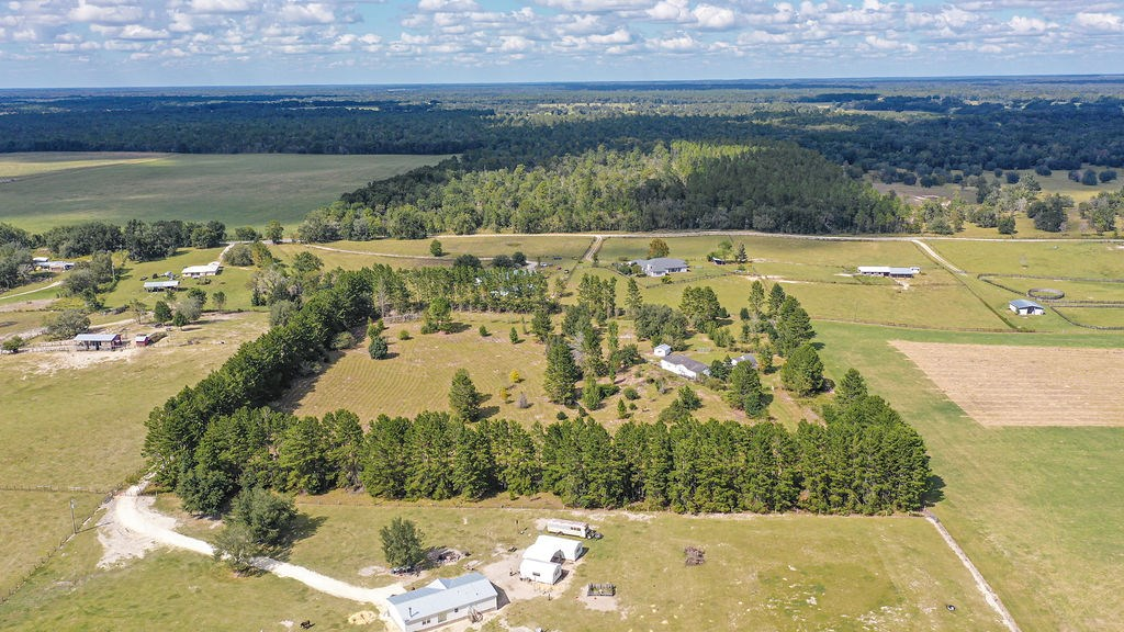 10 acres in Dunellon just 20 minutes from the WEC!