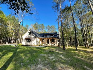 CUSTOM BRICK HOME FOR SALE IN TN WITH CREEK AND BARN