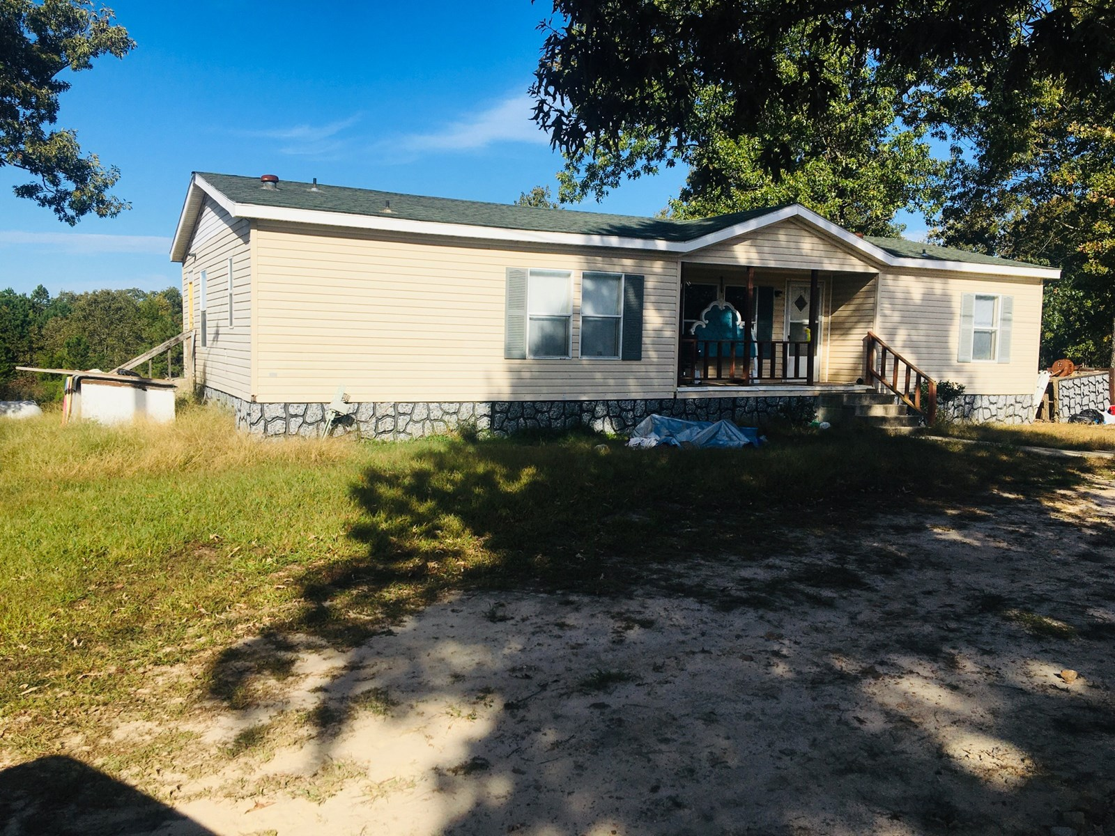 3 BED 2 BATH MANUFACTURED HOME ON 10 ACRES IN GOOD LOCATION