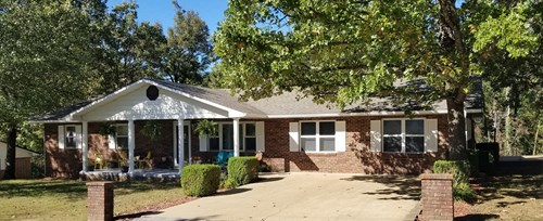 Spacious amenity rich brick home in Berryville for sale