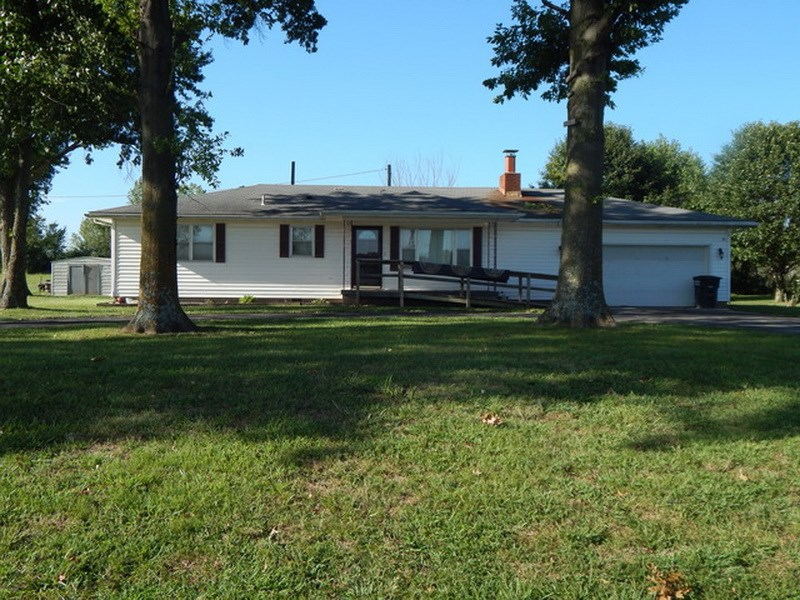 Nevada Missouri Country Home For Sale