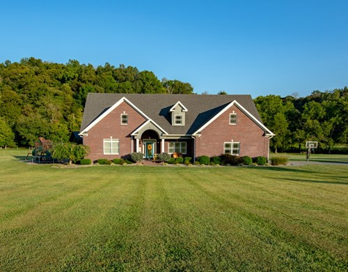 Brick Home with Pool for sale in Burkesville KY