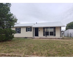 Newly remodeled home in Robert Lee, TX