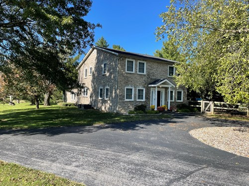 4 bedroom Country Home for sale near Smiths Grove, Ky.