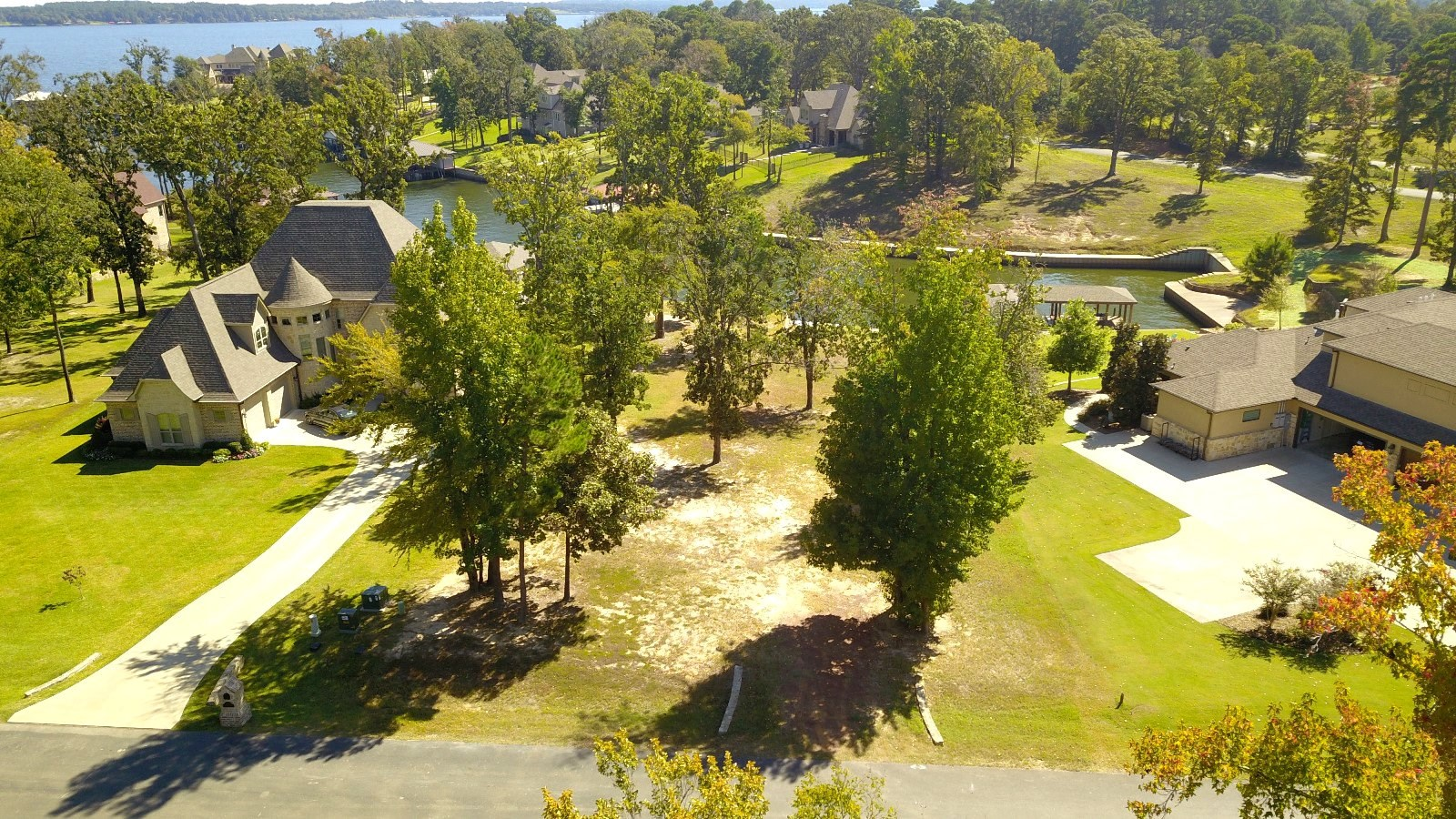 WATERFRONT LOT FOR SALE IN BROWN'S LANDING, LAKE PALESTINE