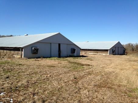 2 House Poultry Farm, 31 Acres, North Of Ariton Al