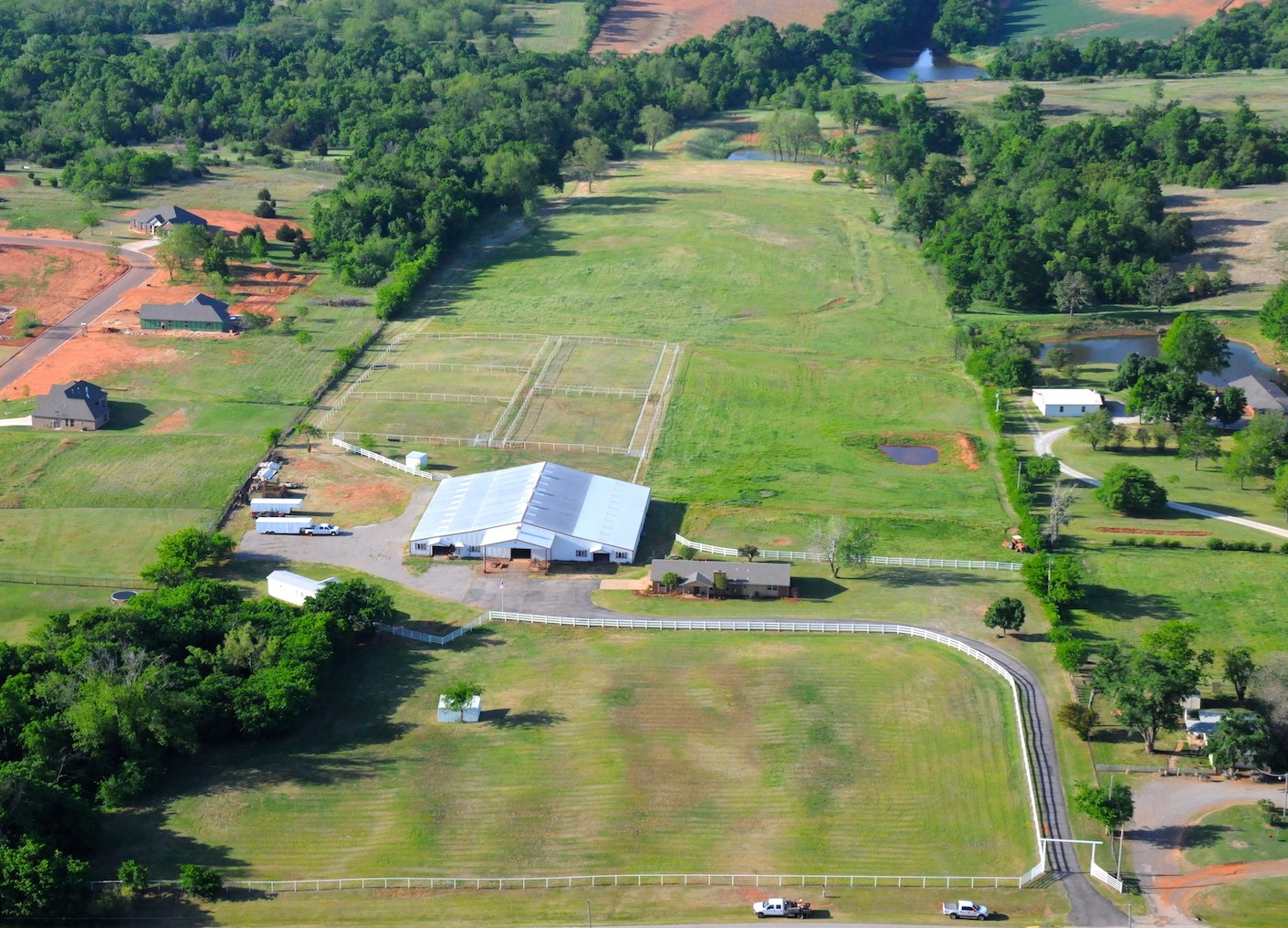 Horse Farm Near Oklahoma City, Oklahoma For Sale