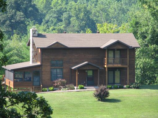 SOUTHERN MO CUSTOM HOME & 28 AC M/L FOR SALE NEAR EMINENCE