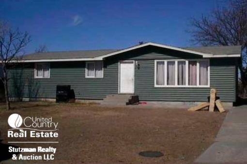 Three Bedroom Home In Syracuse, Ks