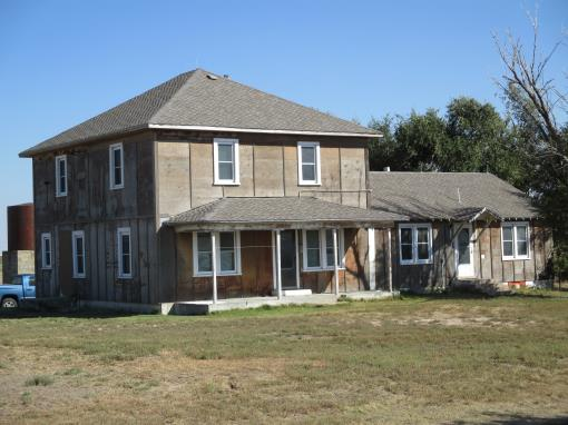 Home And Acreage In Ulysses, Kansas