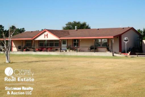 Country Home With Acreage In Sw Kansas