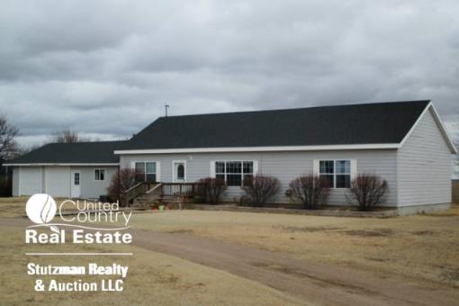 Country Home With Acreage For Sale In Southwest Ks