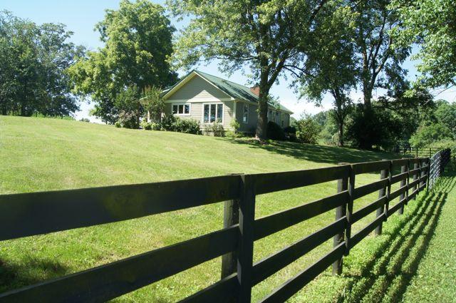 Bowling Green, Kentucky Cattle & Row-Crop Farm for Sale