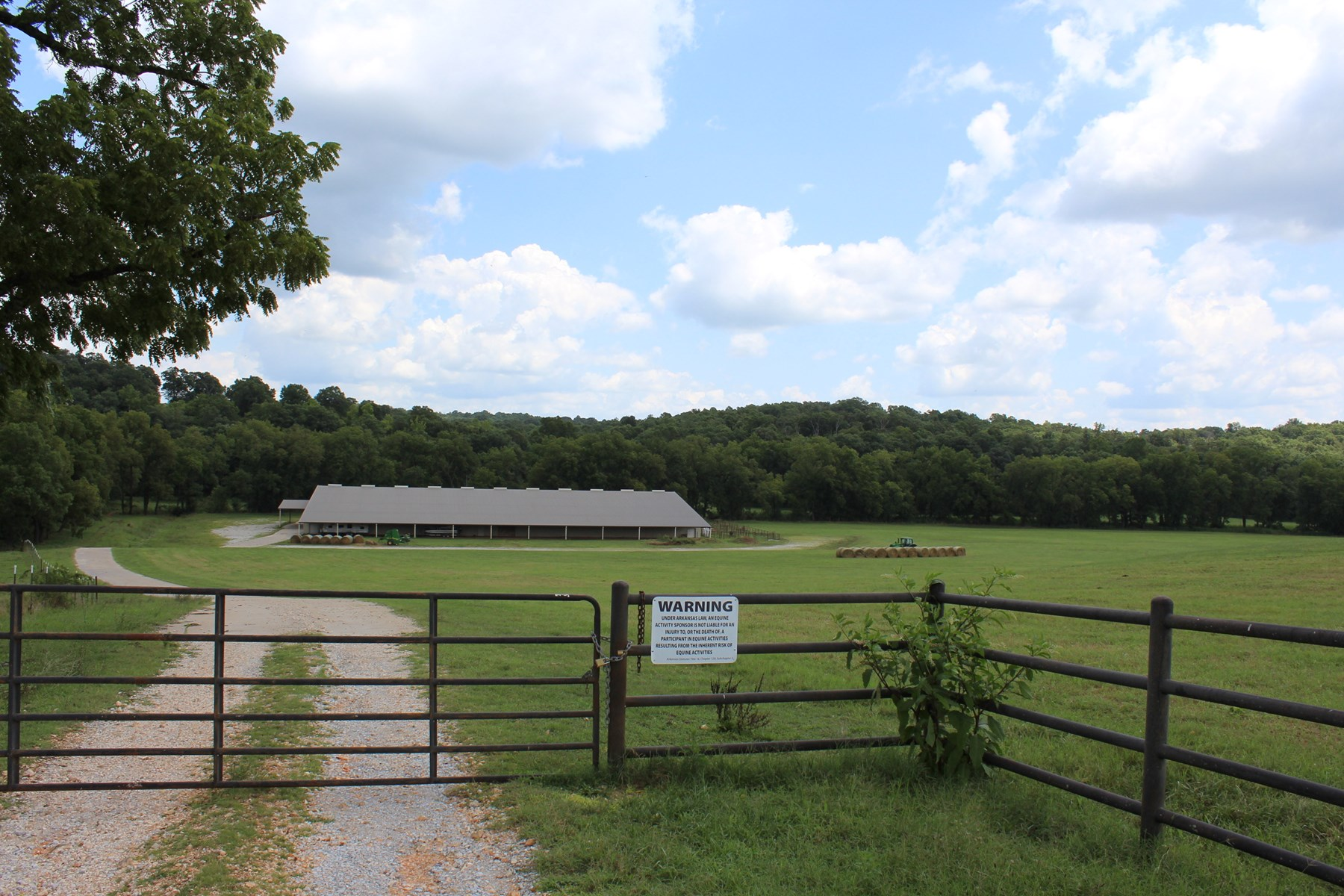 Northwest Arkansas Horse Ranch With Indoor Arena For Sale