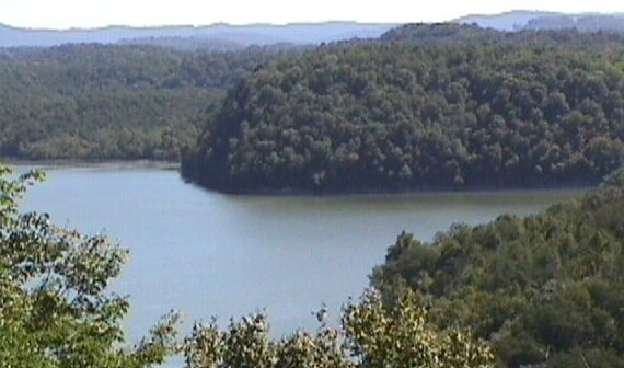 Lakefront land for sale. Albany, Kentuckty