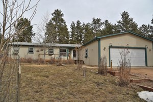 3 BEDROOM HOUSE IN FLORISSANT, CO