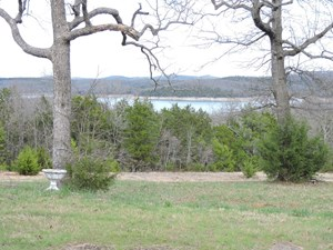 ARKANSAS LAKE VIEW RESORT PROPERTY/HOME WITH ACREAGE FOR SAL