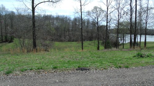 TN RIVER VIEW BUILDING LOT IN GATED COMMUNITY