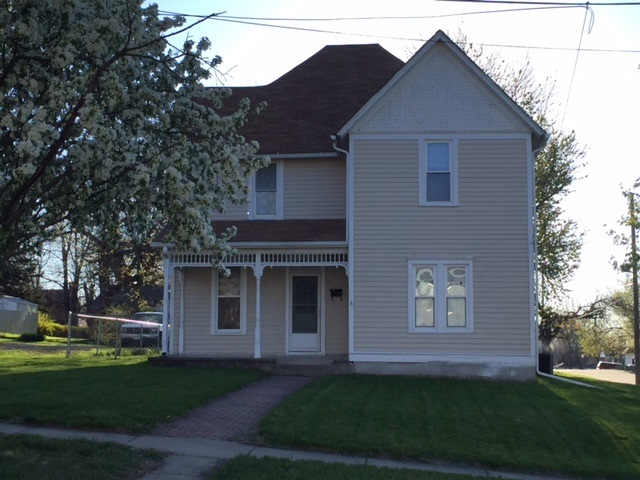 2 STORY HOME, MARYVILLE, MO, RENTAL, NEAR NWMSU