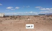 Land for sale with great mountain views. Deming NM