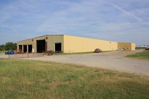INDUSTRIAL FACILITY IN CUSHING, OK FOR SALE.