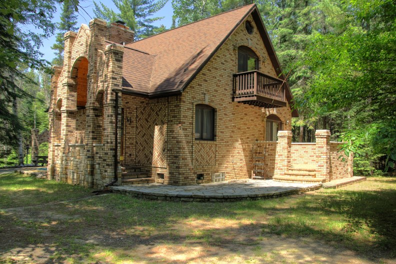 Waterfront  Property In Northern Michigan For Sale