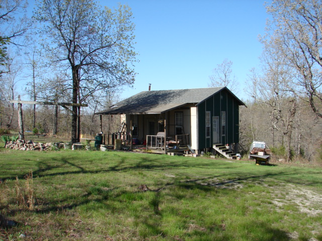 Arkansas Hunting Property / Cabin For Sale in Salem, AR