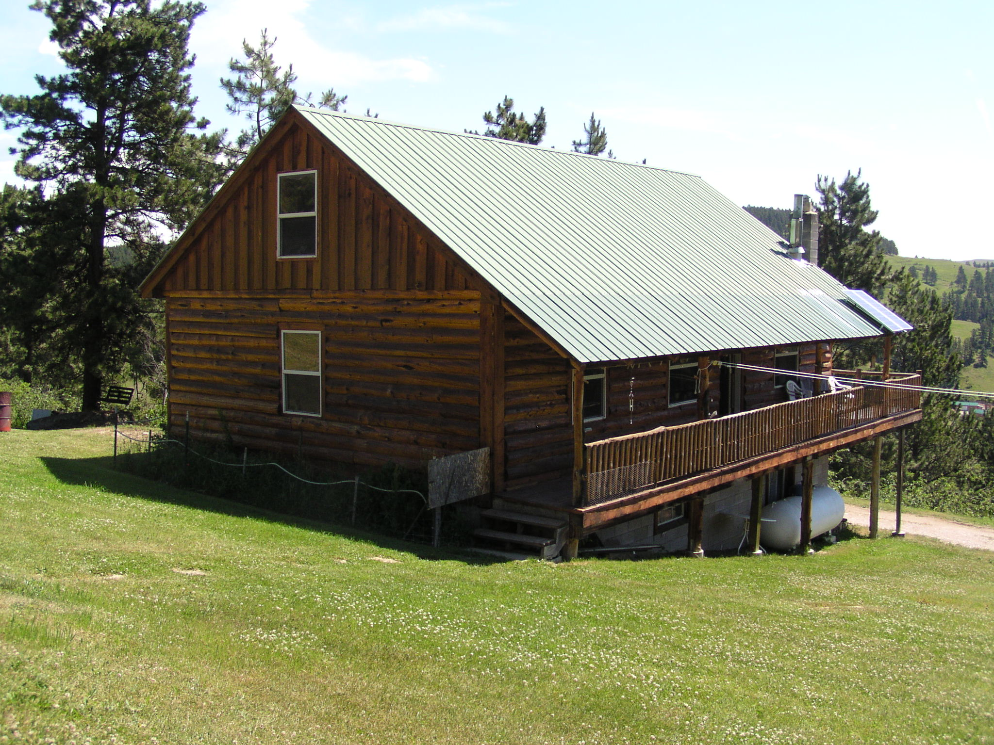Beautiful Off the Grid Cabin on 20+ Acres in Central MT