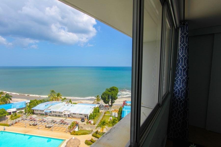 Beach Coronado Panama