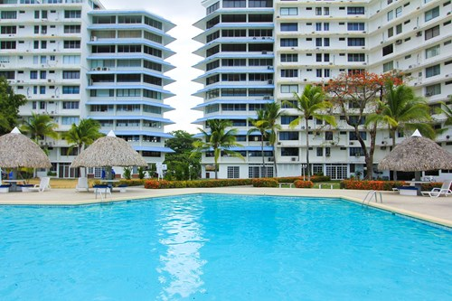 Absolute Oceanfront Beach Rental Playa Coronado, Panama
