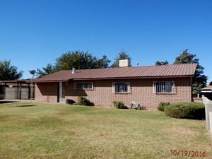 LOCATED IN DEMING, NM, BUILT 1966, IS THIS 1965 SQ.FT. HOME