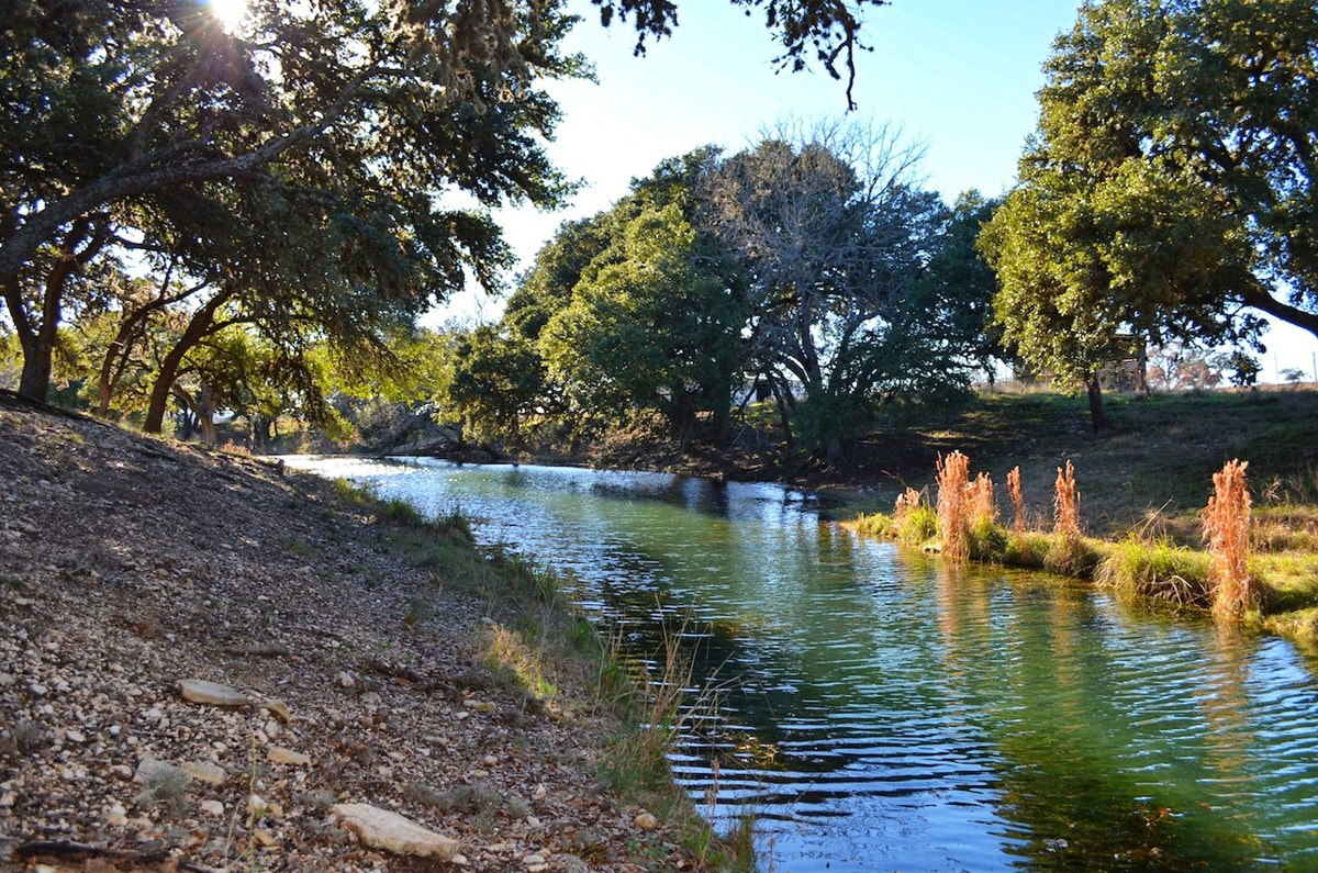 Live Water Recreational Property For Sale Kerrville TX