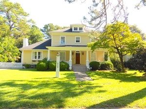 HOME FOR SALE IN WASHINGTON PARK, BEAUFORT COUNTY