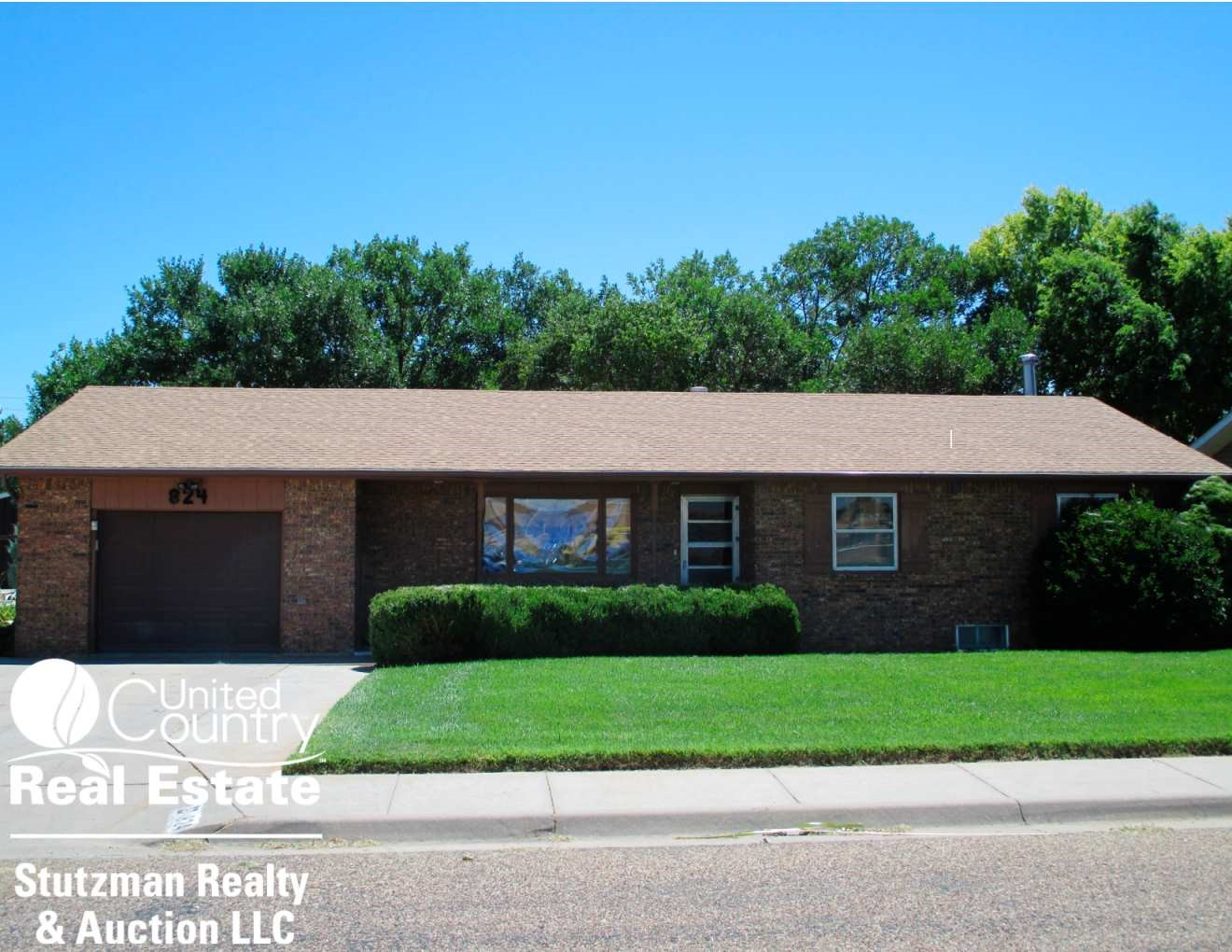 MOVE - READY BRICK HOME FOR SALE IN ULYSSES, KANSAS