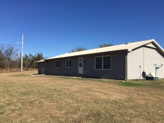 COUNTRY HOME + ACREAGE FOR SALE GRANT COUNTY OKLAHOMA