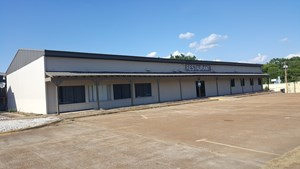 COMMERCIAL REAL ESTATE OR RESTAURANT FOR SALE IN SE OKLAHOMA