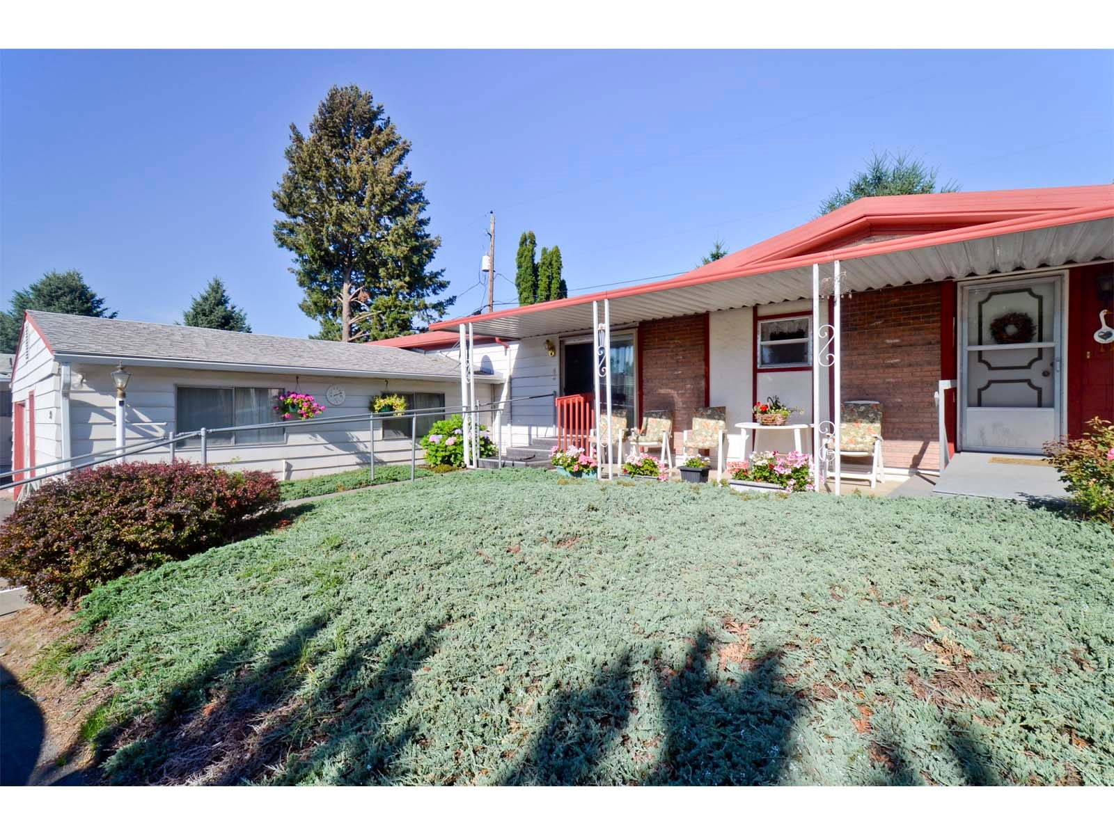 College Place WA Manufactured Home In Senior Park For Sale