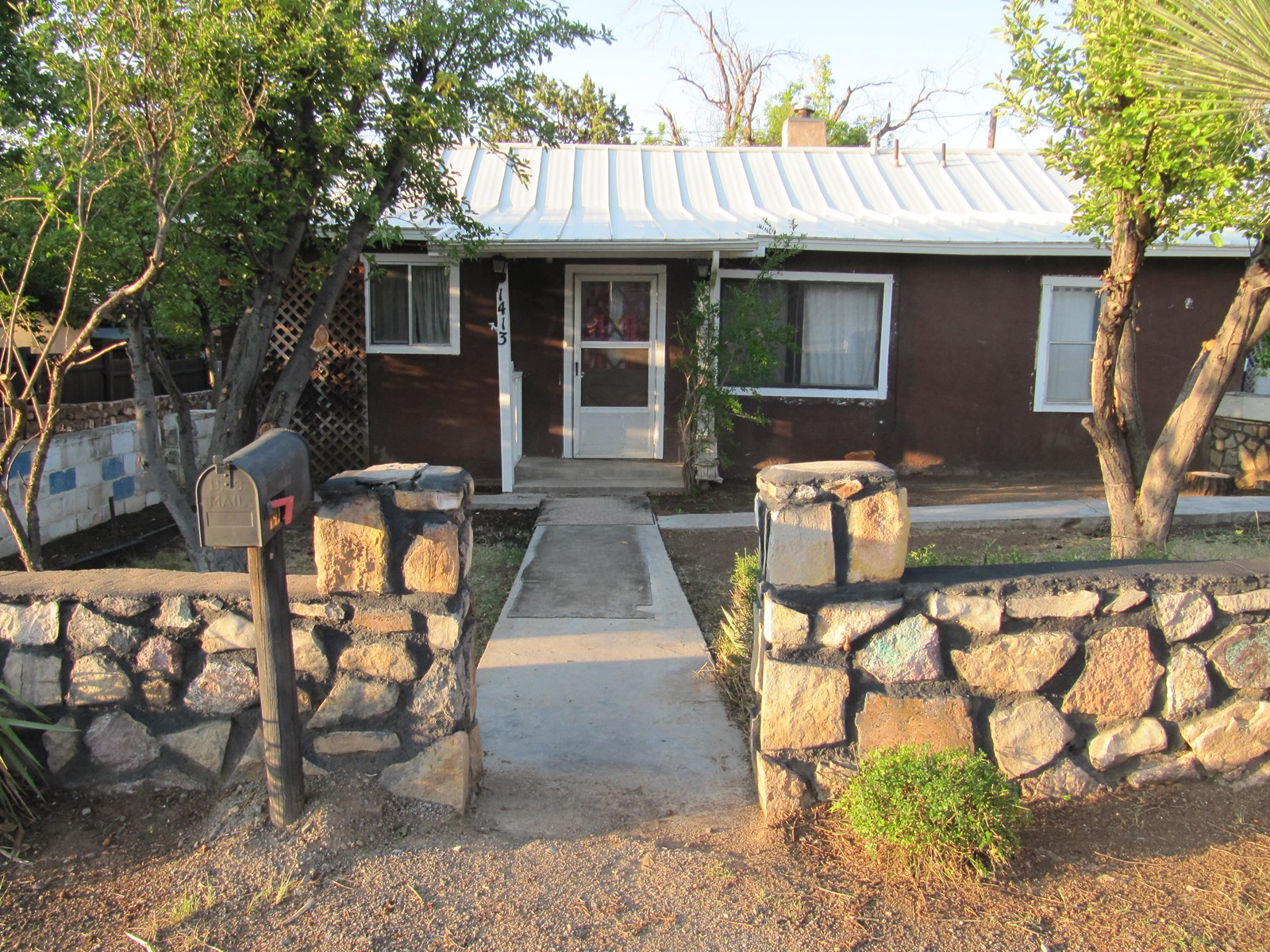 Silver City Historic Adobe Country Home in Town