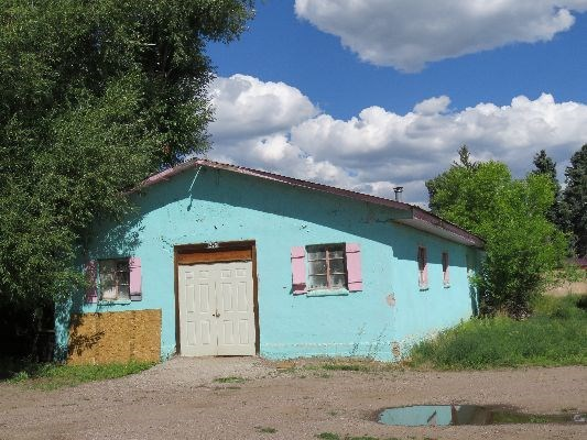 Commercial Shop Building Investement Property in Chama NM