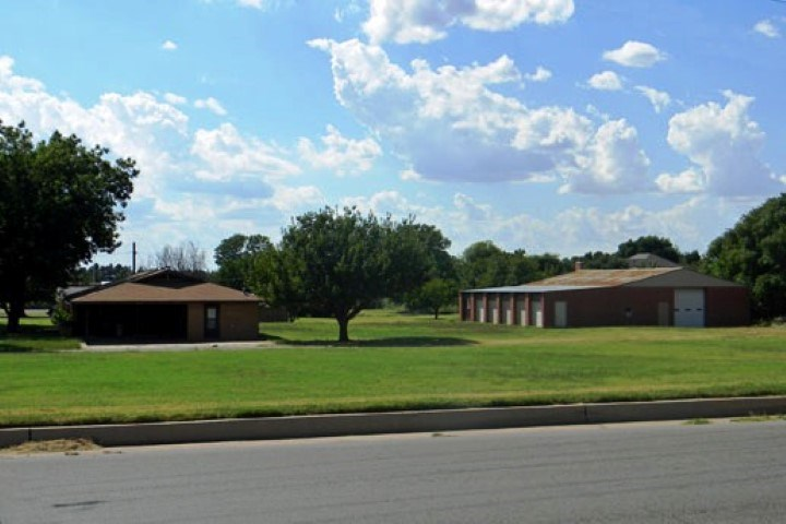 Home with Outbuildings for Sale - Clinton, OK