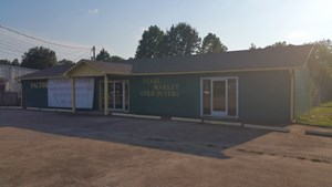 COMMERCIAL BUILDING IN CAMDEN TENNESSEE