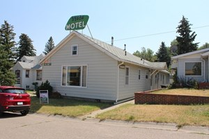 FOR SALE SHELBY MT MOTEL SINGLE FAMILY INVESTMENT INCOME