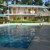 NEW PRICE TITLED BEACHFRONT  14 ROOMS HOTEL ON BOCAS BAY