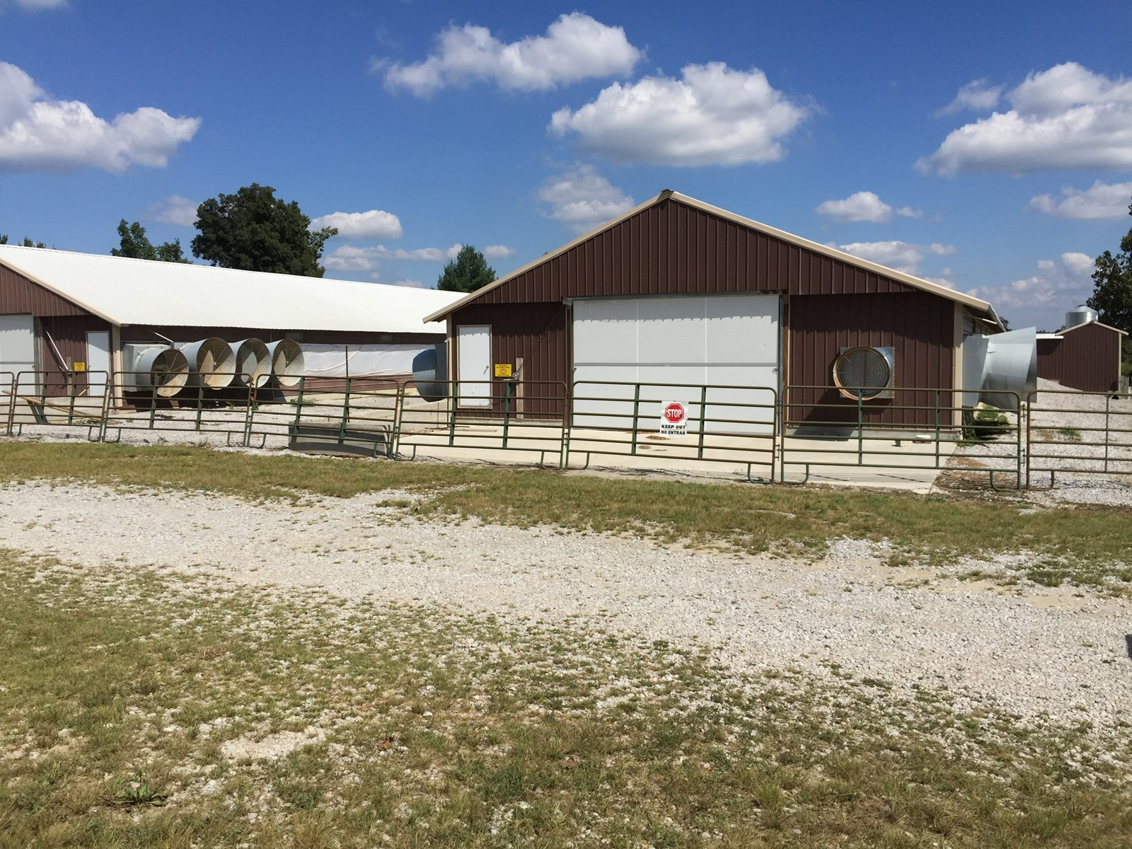 PENDING Poultry Houses on 156 Acres m/l in Kentucky